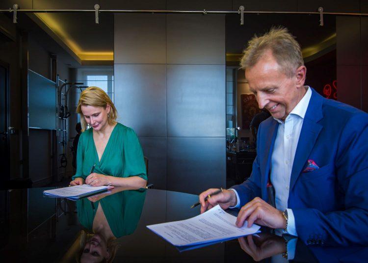 Podpisanie umowy ws. Zielonego Funduszu dla Warszawy/Materiały prasowe